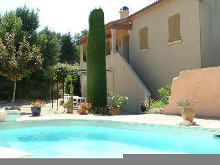 La Gouiranne,Villa for 8; Pool, Goult , Lube
