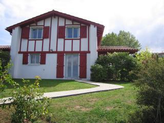 VILLAS d'HARRI-XURIA villa 3 MENDIA, Bayonne