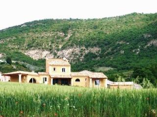 La bastide du jabron 7 chambres Spa Jacuzzi, Sisteron