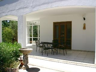 Mediterranean villa by the sea to rent in Puglia - 10 sleepers - WiFi - SA245