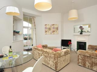 14 Astor House Stunning sea views from all windows and large balcony sleeps 6