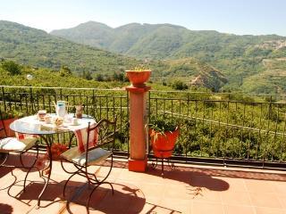 Villa di Montagna in Sicilia, Brolo