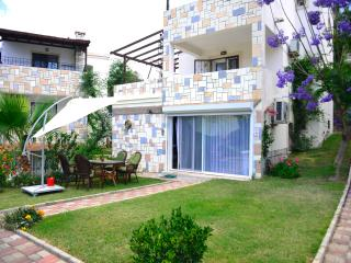 Gumbet Holiday duplex apartment, Gümbet