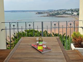 Stunning sea views with balcony - 2 bed (15), Torquay