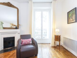 Serene Caulaincourt, a one bedroom apartment in Montmartre