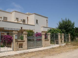 Chalet for Rent in Salento, holiday house SA107