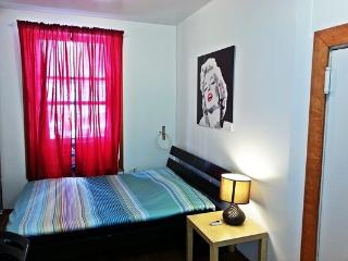 Beautiful Cozy Studio in Times Square #2!!, Nova York