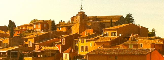 1 hour from Avignon, 1 hour from Arles, 45 mn from the Luberon