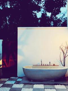 Outdoor Private Tub