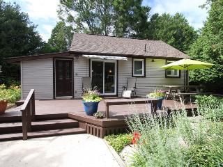 Summer Garden cottage (#898), Kincardine