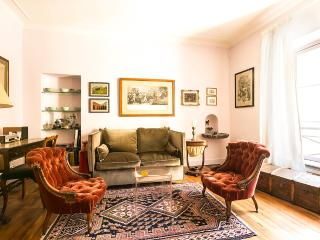 Lovely 1bdr duplex apt in Paris