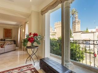 Puerta del Principe III - Luxury Apartment, Seville