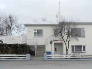 Mavur - Hraunbrun, Reykjavik