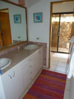 Sea Aria bathroom