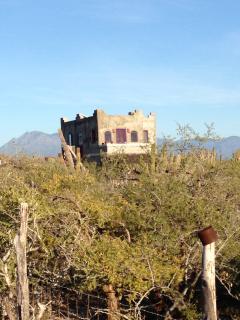 Casa Solariega, where the Baja desert meets the Sea.