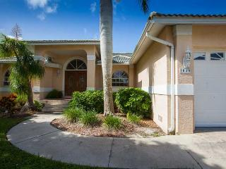 Fieldstone Dr - FIELD1049 - Only 1/2 Mile to Beach!, Marco Island