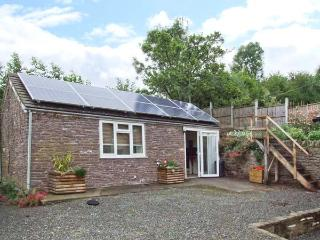 THE CHOCOLATE HOUSE, detached barn conversion, woodburning stove, in