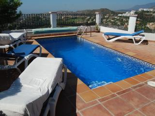 Stunning Town House with Amazing Sea Views, Benahavis