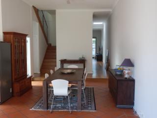 Park Side Beauty 3 bedroom House - Bondi, Annandale