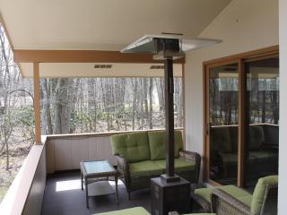 Poconos (Lake Harmony) - 4 Bedroom, 3 Bathroom