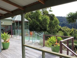 Expansive verandahs with wet edge pool