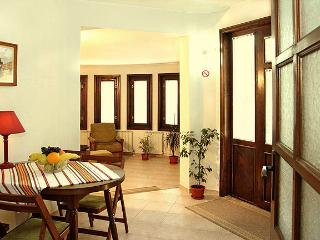 80m2 Clean *ECO* Apartment MILCHEVI in the center (Very quiet)