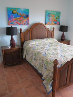 2nd Bedroom - Queen size bed