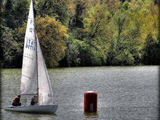 Celeste bella villa sul lago, Amandola