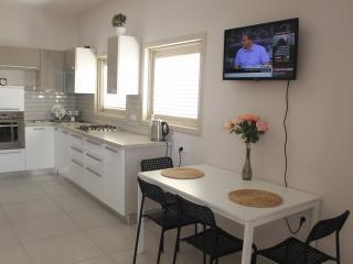 Short term apartment in Netanya