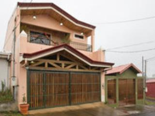 Acogedor Lugar En San Ramon Costa Rica, holiday rental in Santiago de Puriscal