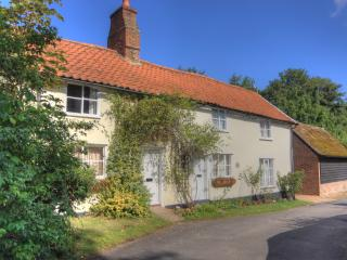 2 Bed - 18C Cottage 20 mins-Cambridge - Royston