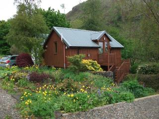 The Chalet - Cosy Holiday Accommodation | Near Lochgilphead, Oban, Argyll