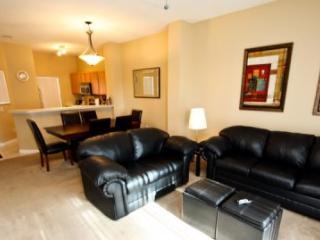 8461CCL. 3 Bedroom 2.5 Bathroom Town Home In Emerald Island Resort