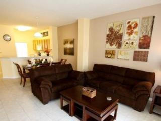 3 Bedroom 2.5 Bathroom Townhome with Private Pool. 3033YLL, Kissimmee