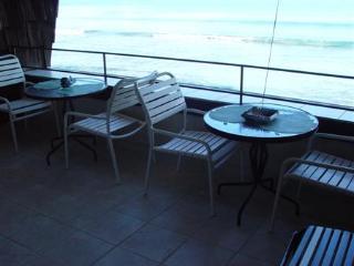 310 Kulakane - Direct Oceanfront 2b2b, Lahaina