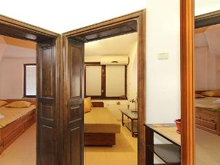 Serviced Panoramic Eco Apartment Milchevi, Plowdiw