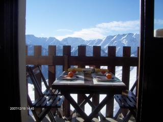 Nice flat - south oriented- great views, L'Alpe-d'Huez