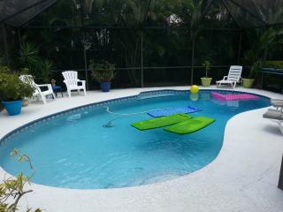 Tropical Paradise 3/2BA Pool Home near PGA