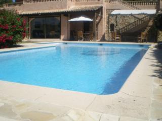 Mougins rez de jardin villa avec piscine privée
