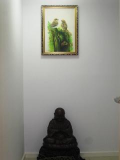 Lucky Buddha on the main walkway entrance.