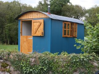 Lakeland Huts - Oceania, Magheraveely