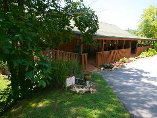 THE LODGE AT DOUGLAS LAKE, Sevierville, Tn