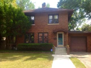 Craftsman home 2mi. from Notre Dame