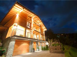 Luxury Bed & Breakfast Chalet Grand Loup, Nendaz