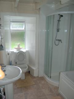 Brolas Bathroom