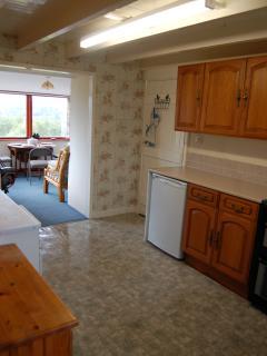 Brolas - kitchen towards sun lounge