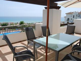 Alcaidesa Village Pool + Sea view