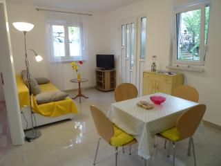 Aquamarine Apartment 2, Selce