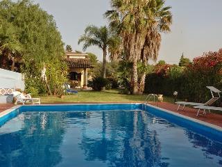 Villa Azzurra con piscina, Trappeto