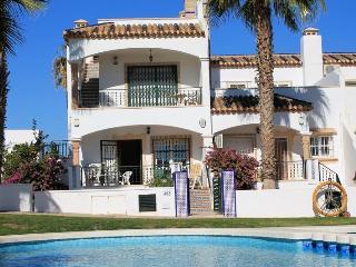Lovely apartment in Golf Villamartin